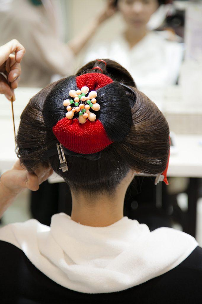 舞妓の髪型